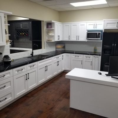 White-Shaker-Kitchen-Cabinets-3-1